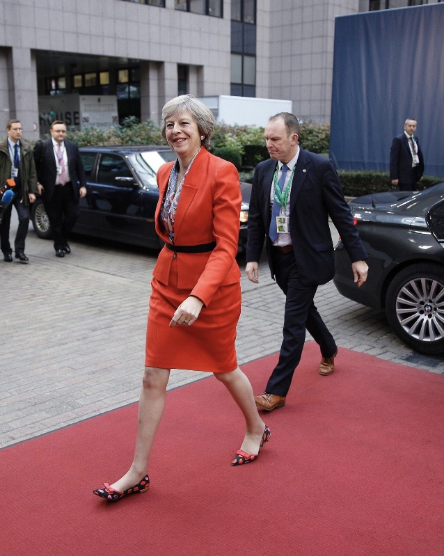 New British PM arriving for her first EU summit Oct. 2016 - dressed up? Does it influence your assessment of the PM's pedigree?